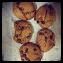 Low Cal Choco-chip Cookies