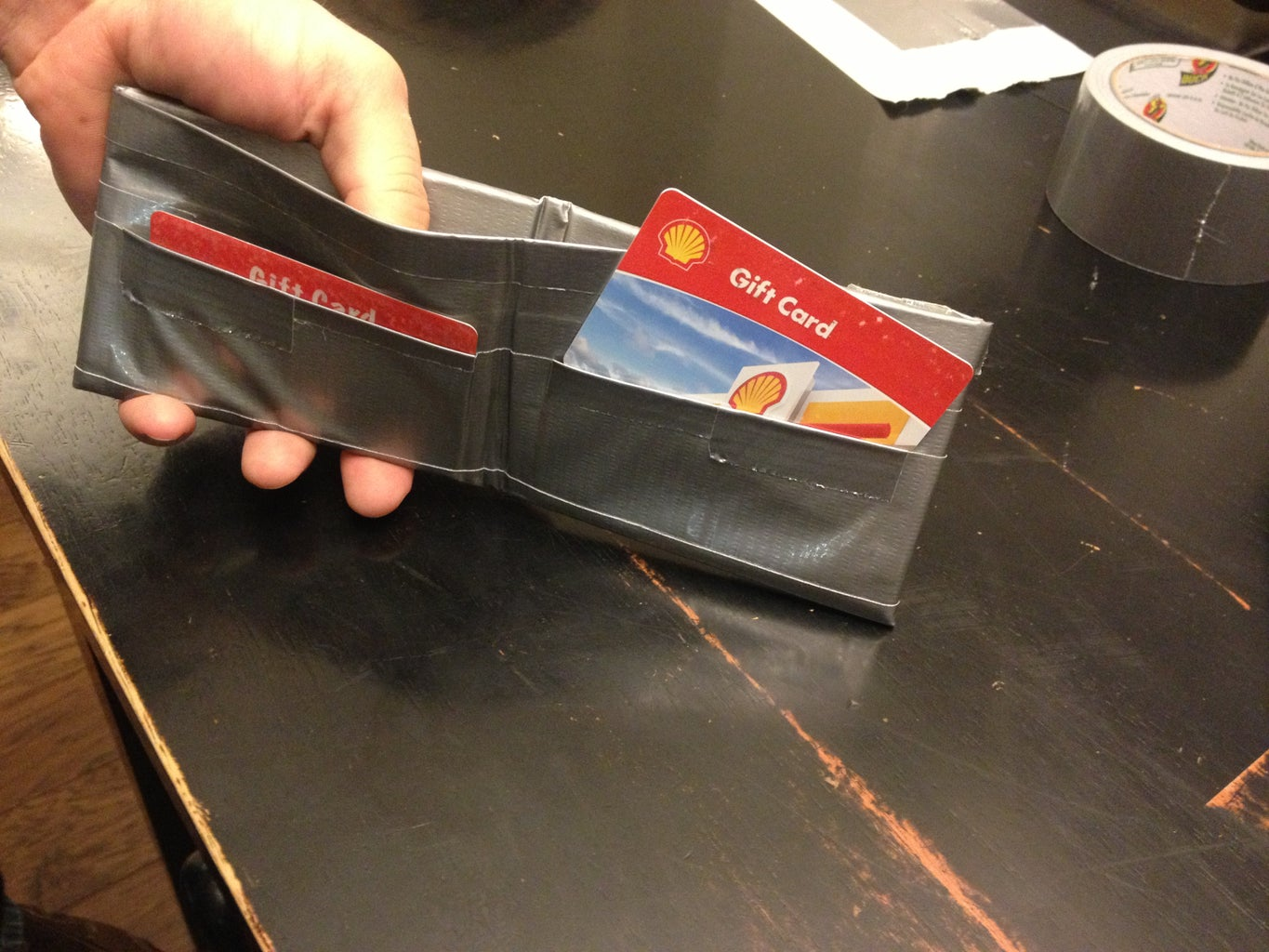 10 Simple Steps for Making a Duct Tape Wallet