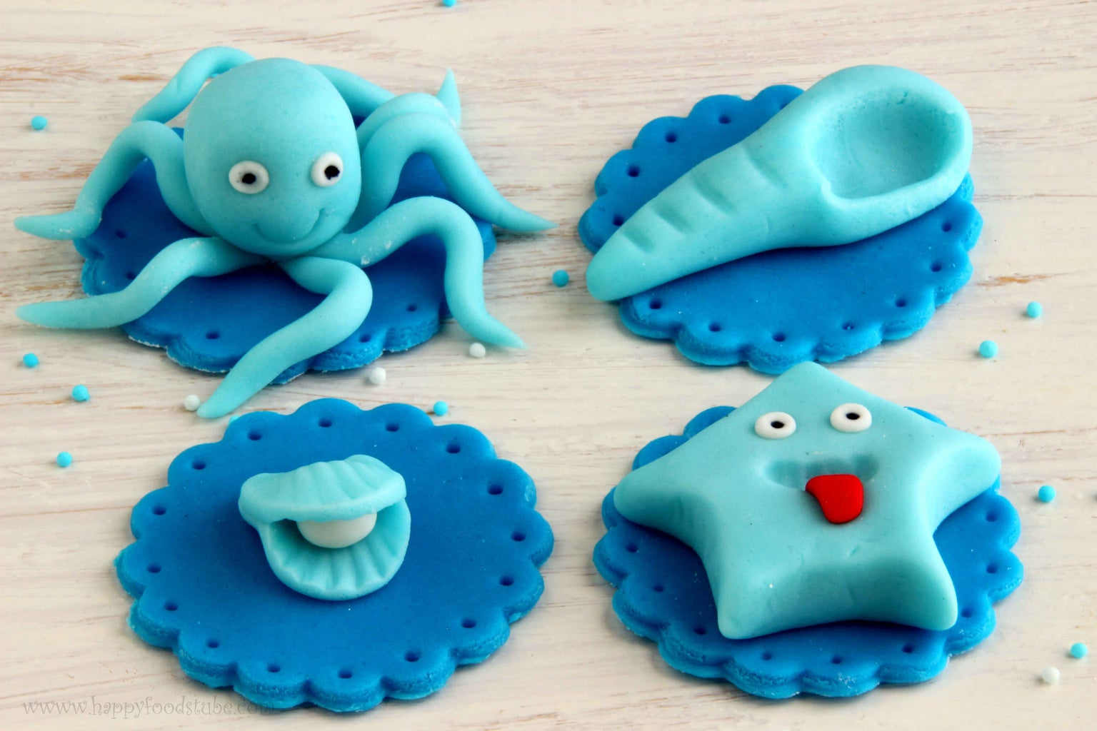 How to Make Sea World Cupcake Toppers