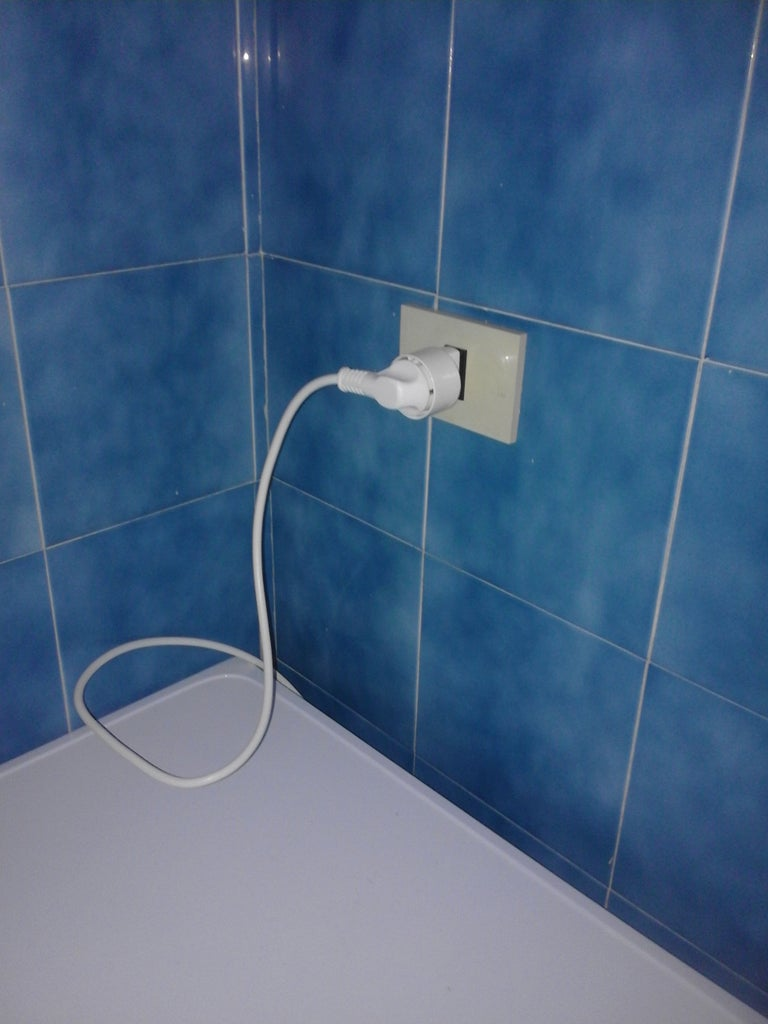Connecting Water/electricity