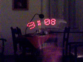 The magic wand clock: a Persistence of Vision toy !