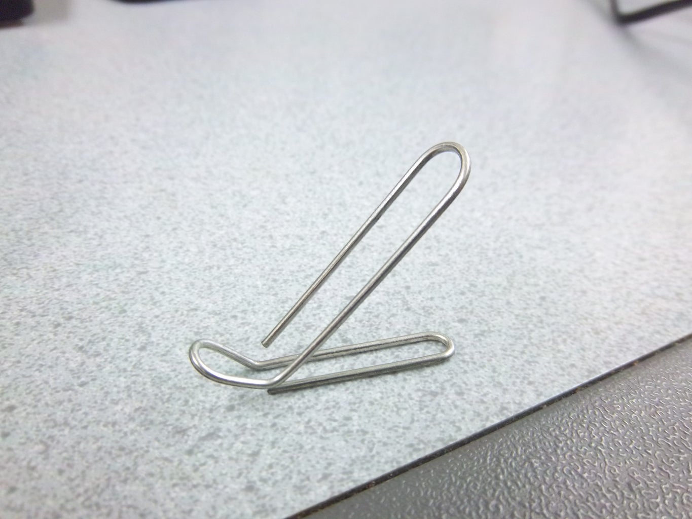 $0.02 Paperclip Phone Stand