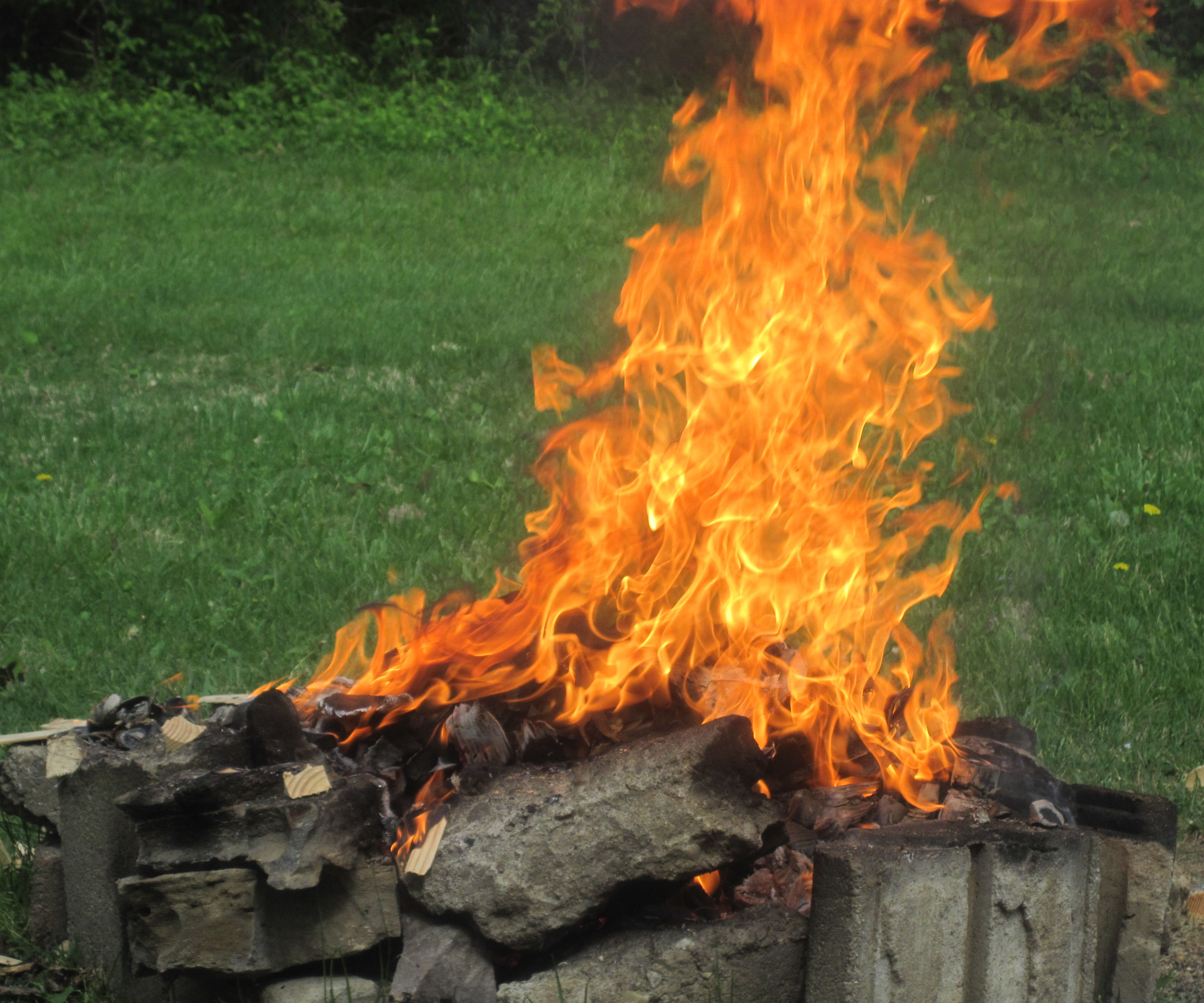 Starting a Fire with Steel Wool