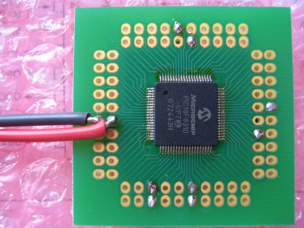 How to Neatly Solder (without Loads of Wires!) Decoupling Caps on SMT Microcontrollers.
