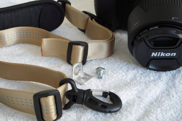 "DIY ""R-Strap"" camera strap"