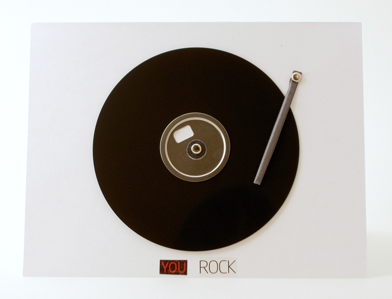 Movable record player greeting card from a floppy disk