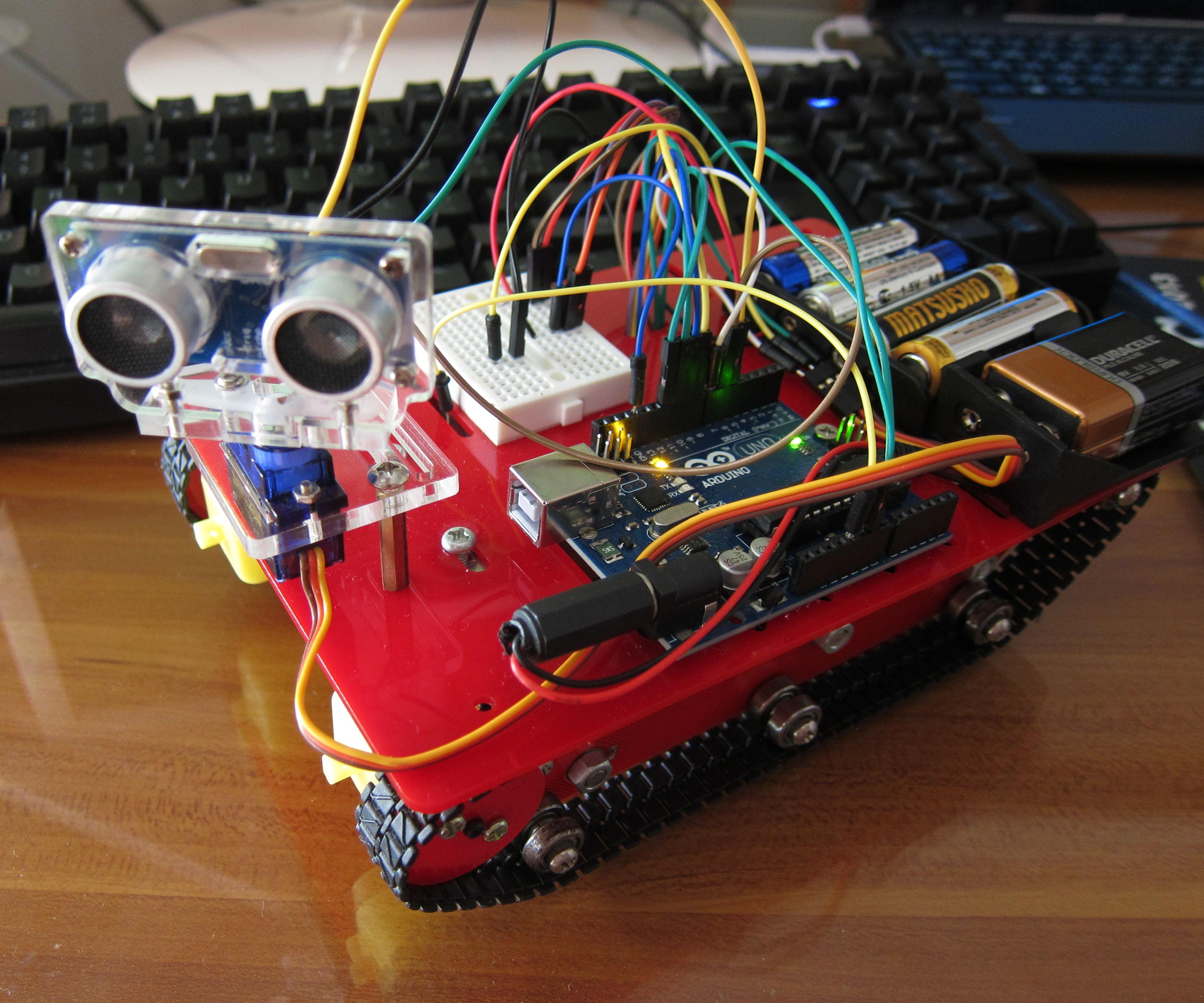 My Sixth Project: Smart Tank Chassis with Ultrasonic Sensor