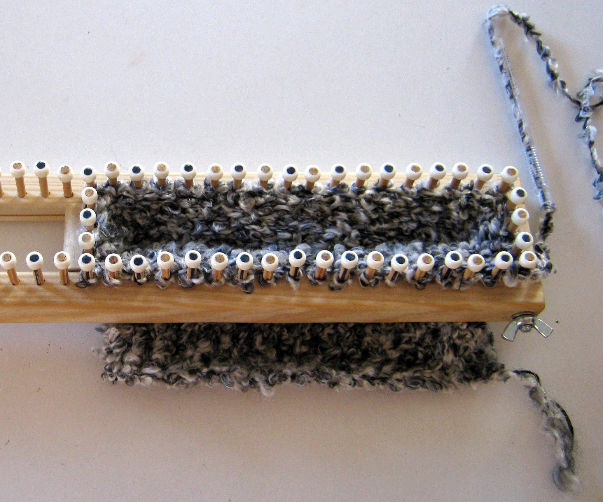 Make an Adjustable Knitting Loom