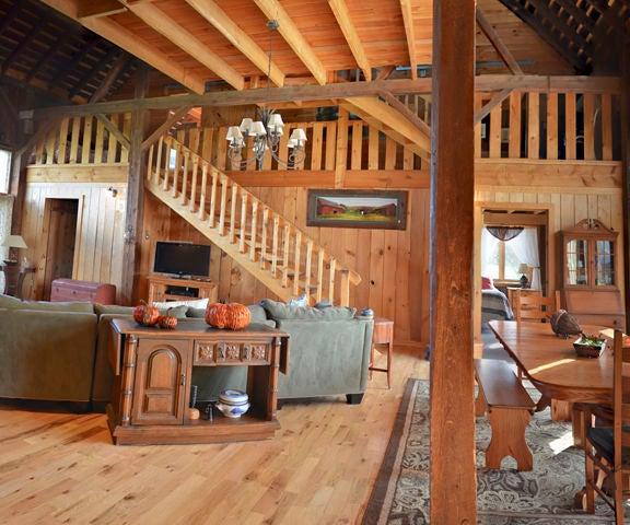 Barn to House Conversion by Phil Sacchitella