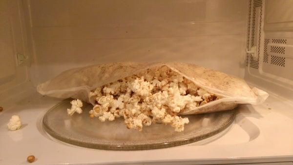 Copycat: Microwave Caramel Corn (Caramazingmel Corn)