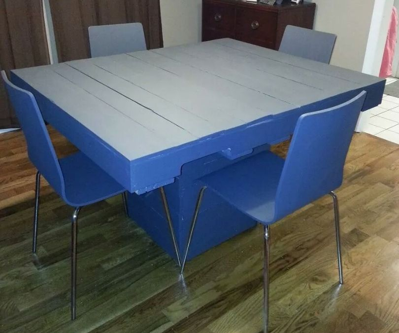 Dining Pallet Table