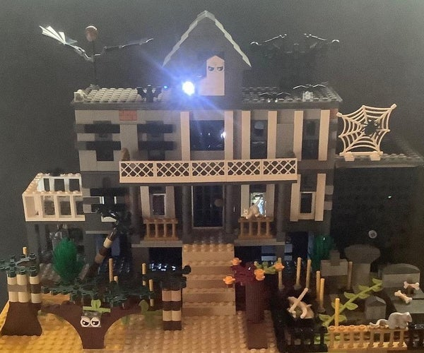 Haunted House Display 2020