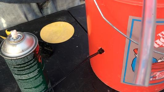 Attaching the Horizontal Water Level Sensor Switch