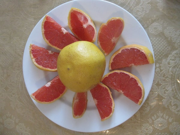 Clean and Easy Grapefruit Preparation
