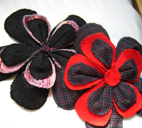 Neato Scrap Fabric Flower Pins