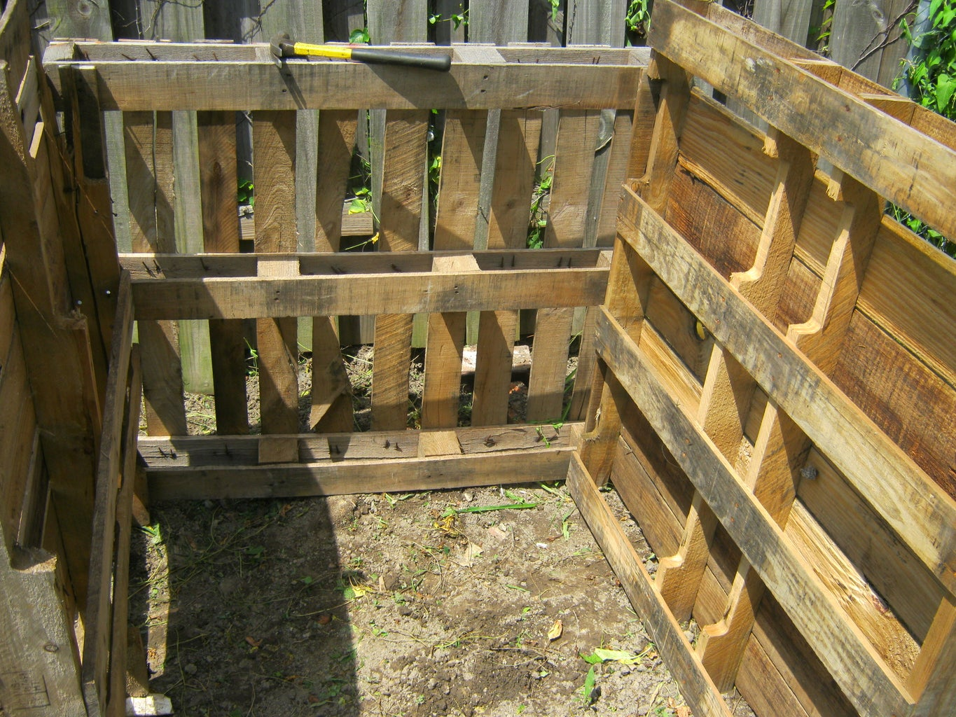 Attach Pallets to Other Pallets