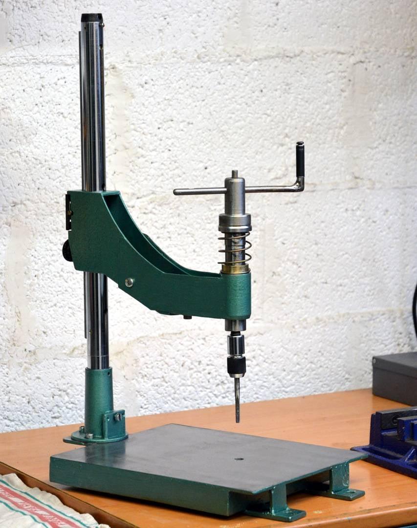 Manual Thread Tapping Machine
