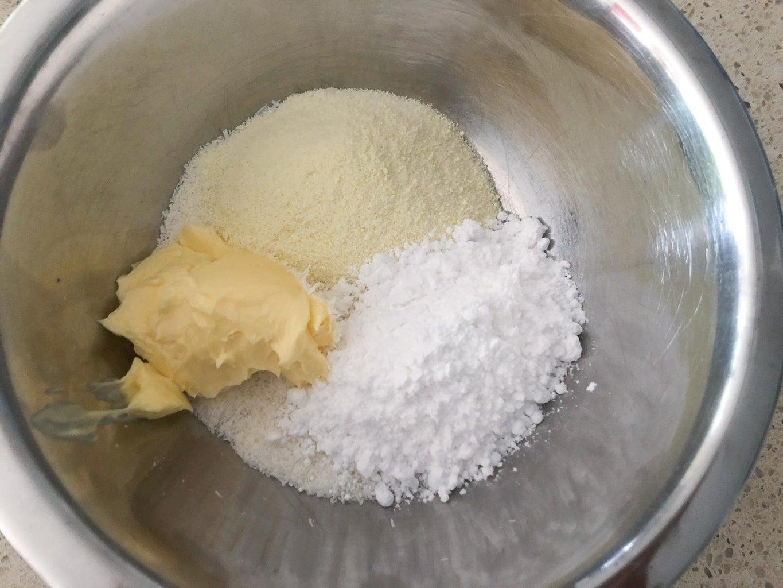 Prepare Coconut Filling