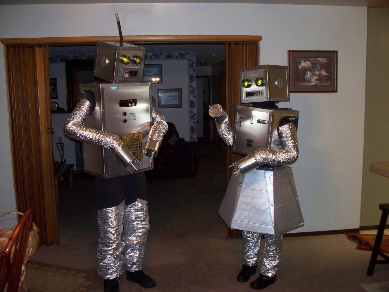 How to Build Robot Halloween Costumes.