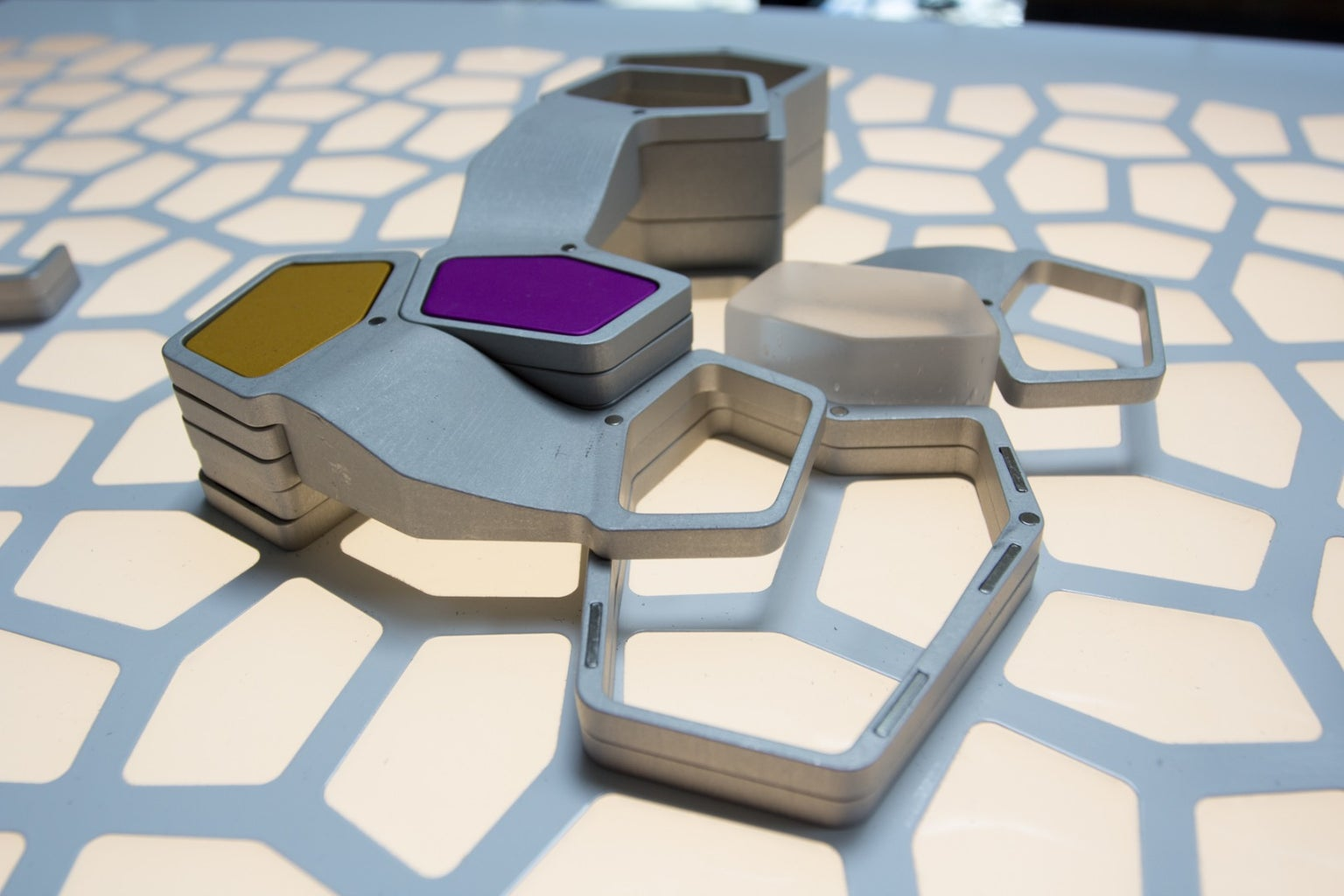 Conceptual Puzzles: the Open Source Learning Lab Kit