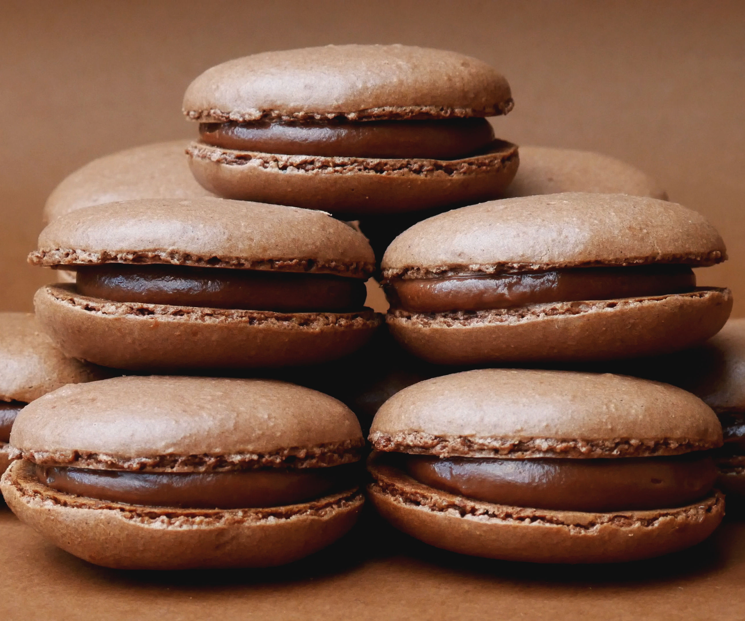 Nutella Macarons (Chocolate Hazelnut French Macarons)