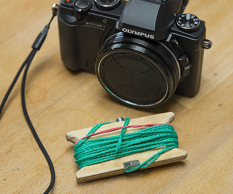 Cheap simple tripod for your pocket