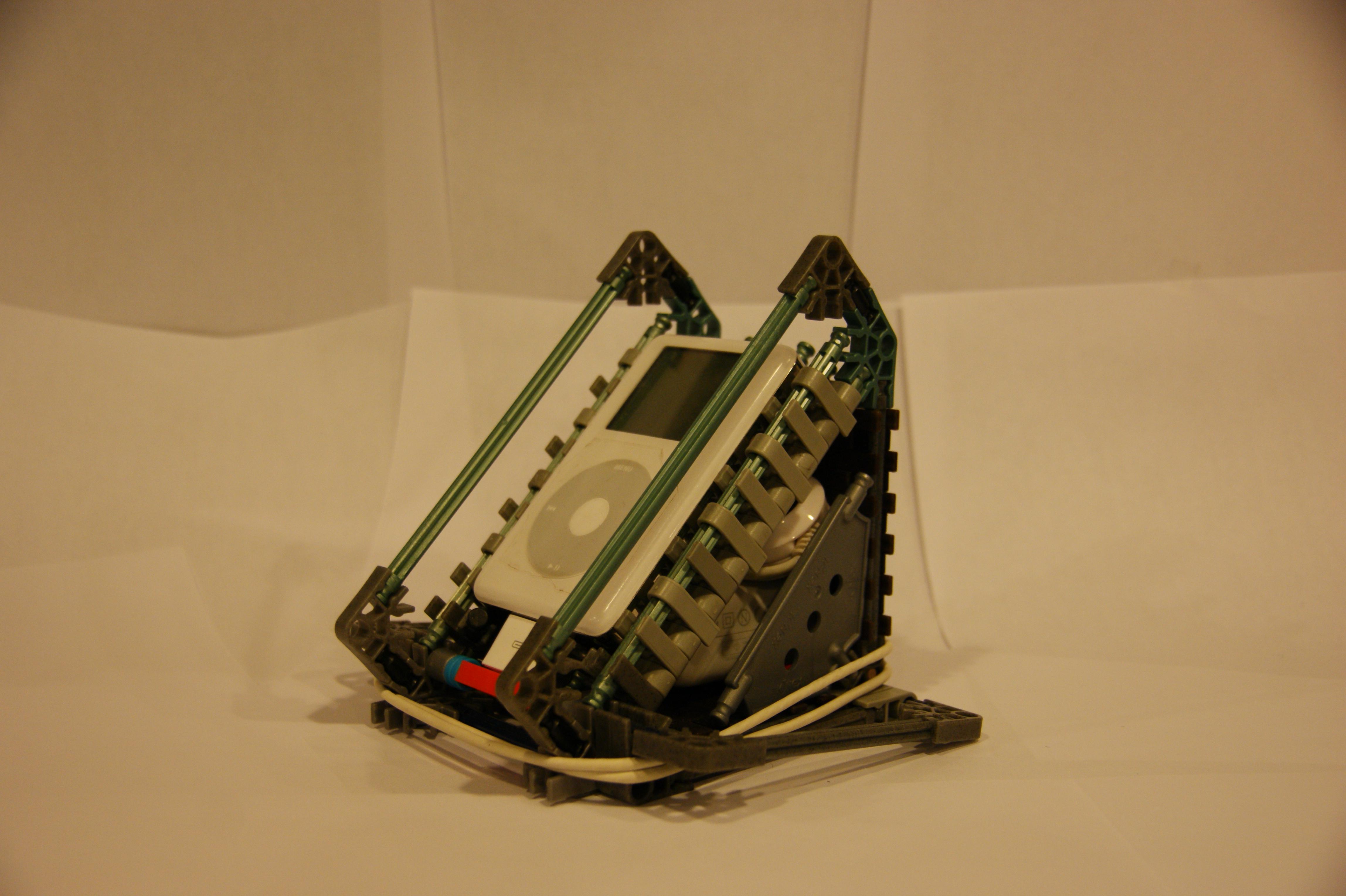 IPod/Tablet Dock (Knex)