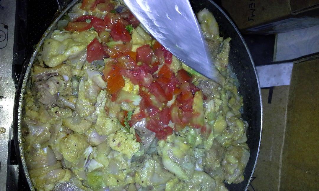 Mix He Cuted Tomatos