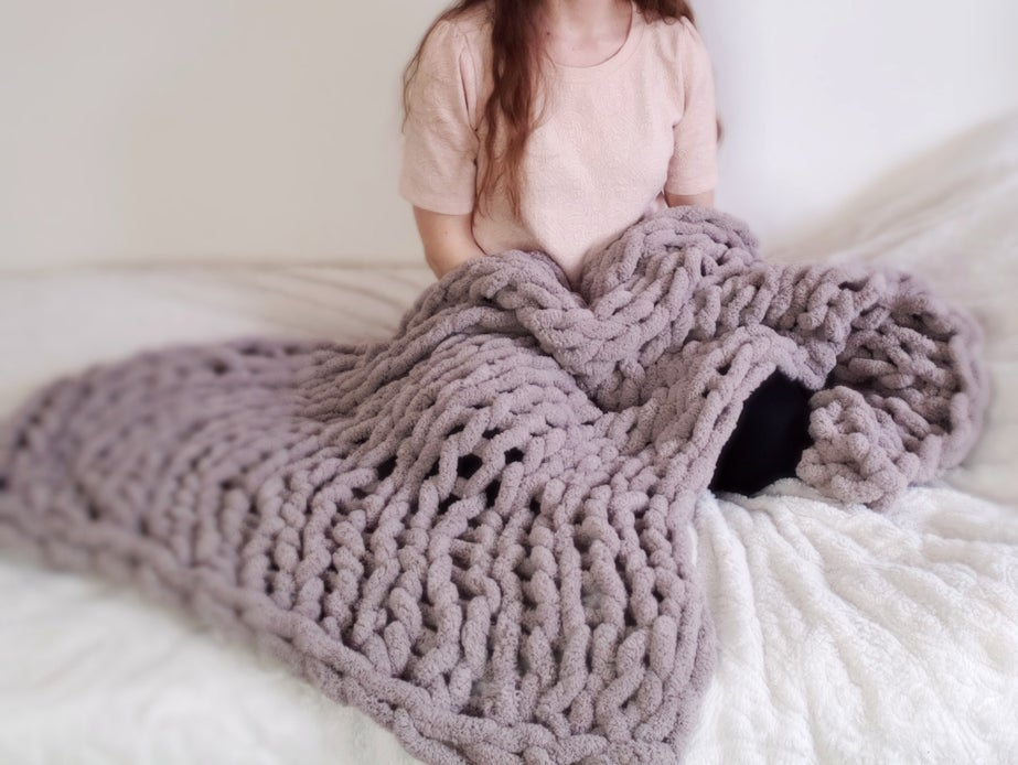 Full Video of How to Create the Hand Knitted Chenille Blanket