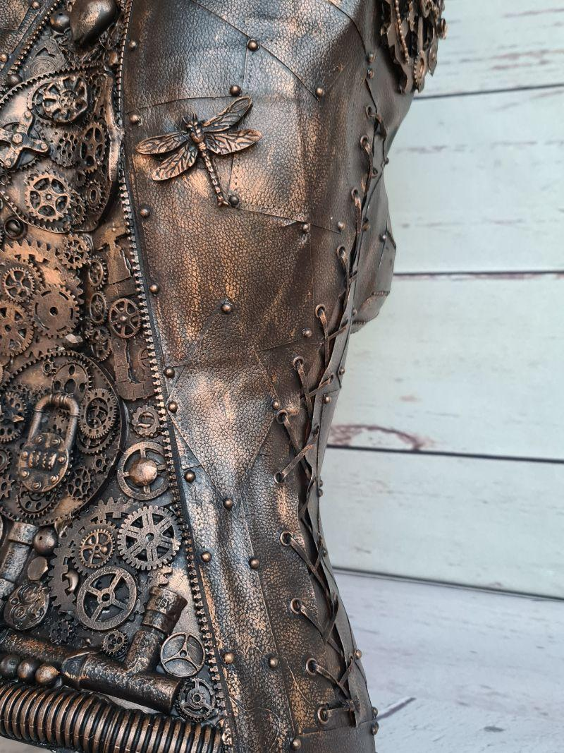 Close Up of the Finished Mannequin