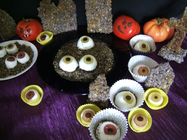 "Edible Eyeballs With Bloody ""Dripping Sauce"""