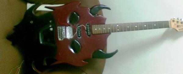 Devil Face Electric Guitar Diy.