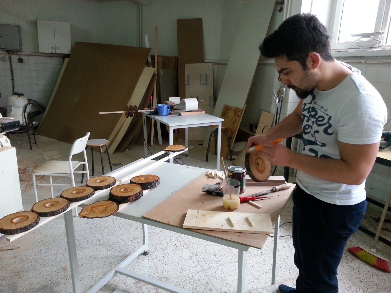 Japanning to Wooden Slices