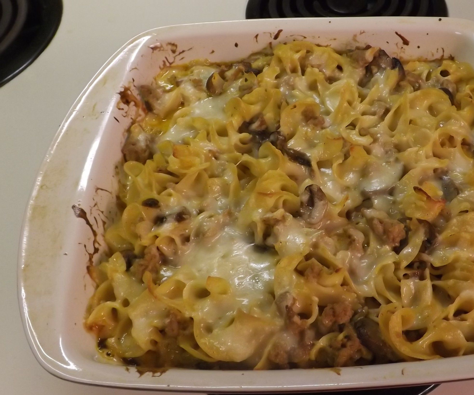 CHEESY GROUND TURKEY STROGANOFF