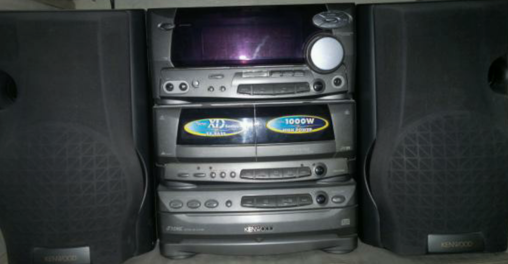 Undistructible Way Of Converting Old Music System Into Bluetooth Wireless System, Internet Radio, Piano, Guitar Etc, Movie Theatre, Andriod, Iphone Enabled