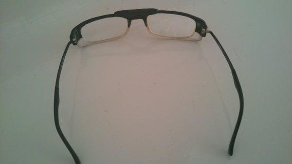 Eyeglasses Repair With Sugru