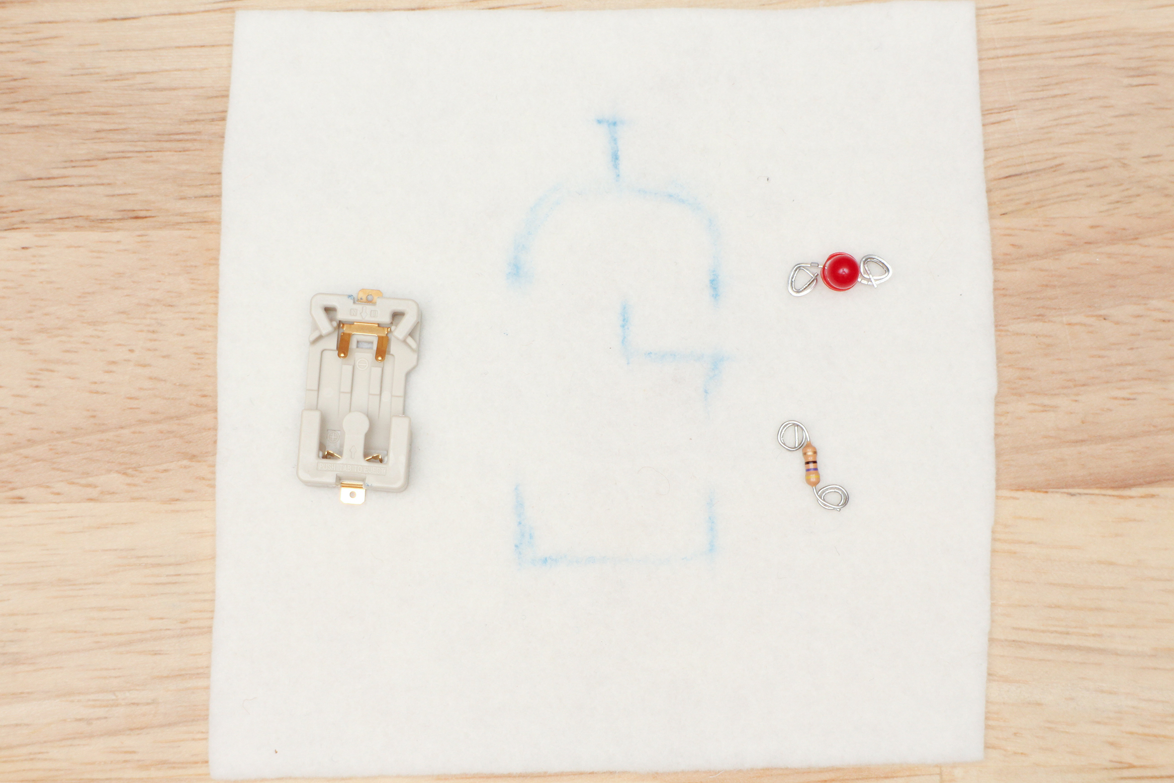 Sew A Circuit Above Short To Ground Leg Of Resistor Battery