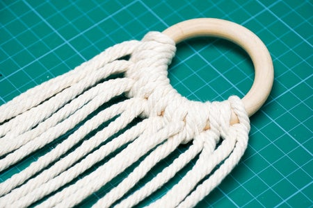 Complete the Knots