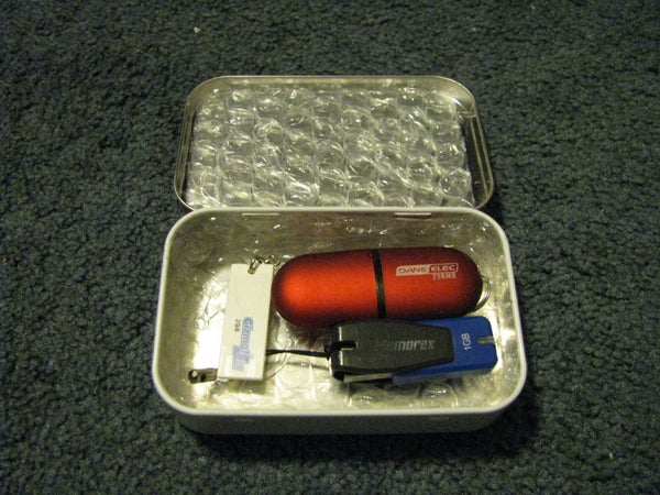 How-To: Altoids Tin USB Drive Protector/Carrying Case