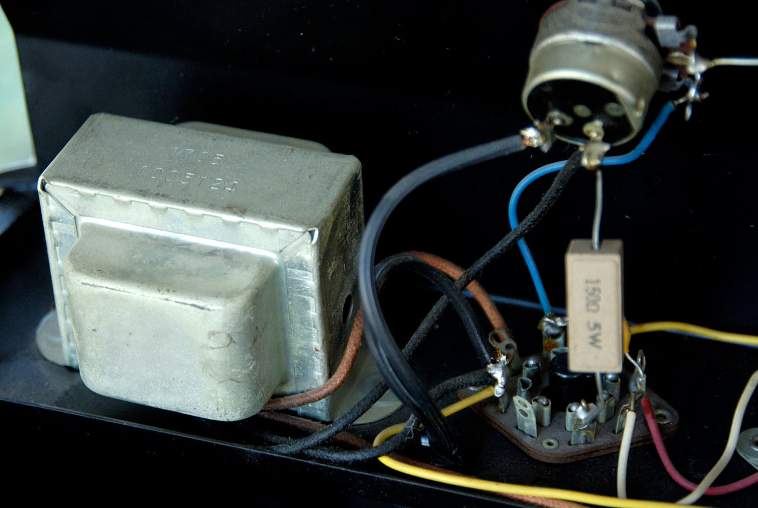 Three-prong Plug Safety Mod