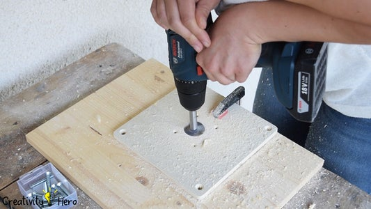Turning the Router Into a Router Table.