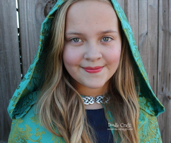 Gorgeous and Warm: Hooded Capes & Cloaks!