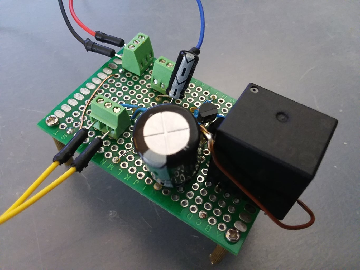 An Emergency-Stop Circuit for a Mobile Robot