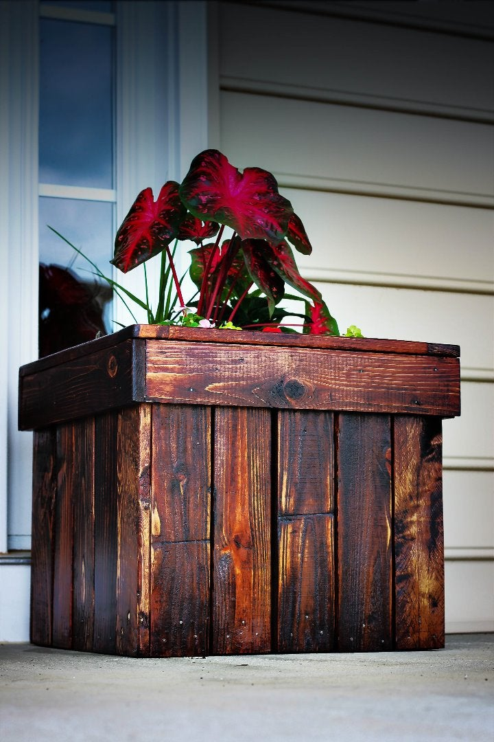 Planter Box From Pallets
