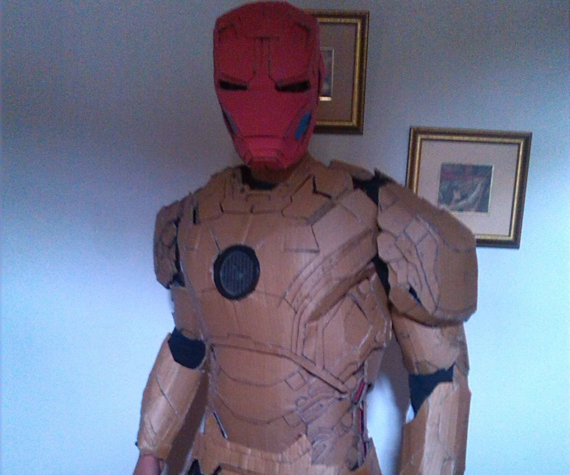 Easy Cardboard iron man Mark 42-43 Armor