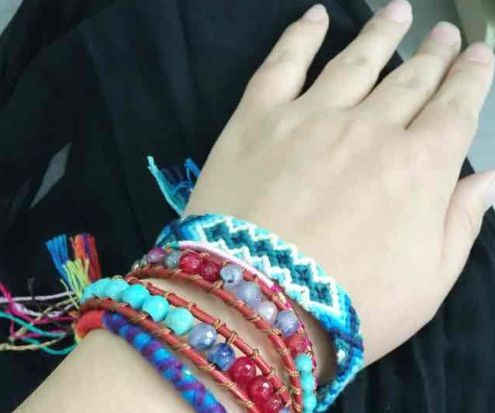 How to Make Friendship Bracelets by Yourself
