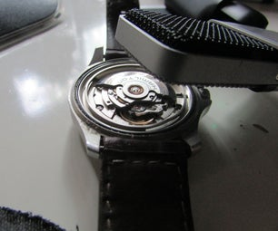 Calibrate a Mechanical Watch Using Sound Waves
