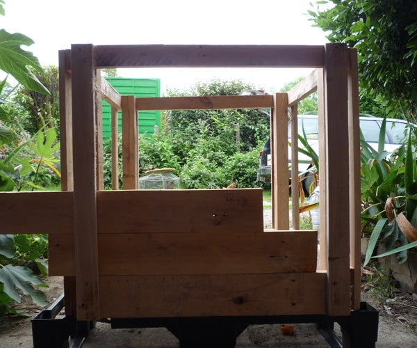 Pallet Wood Potato Tower Experiment. Increasing Organic Vegetable Yields. Tour a Pommes De Terre.