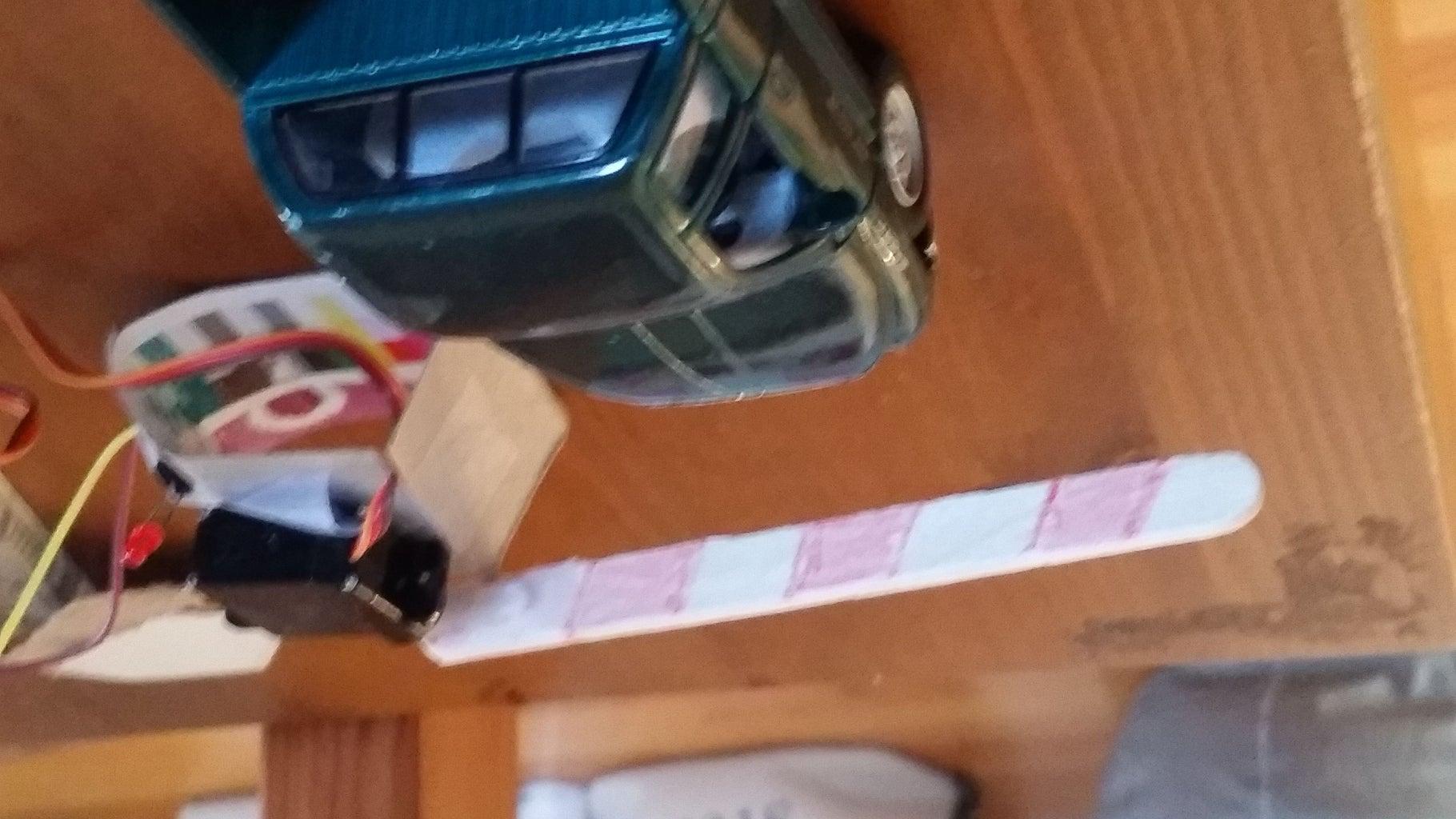 Mini Car Gate With Arduino