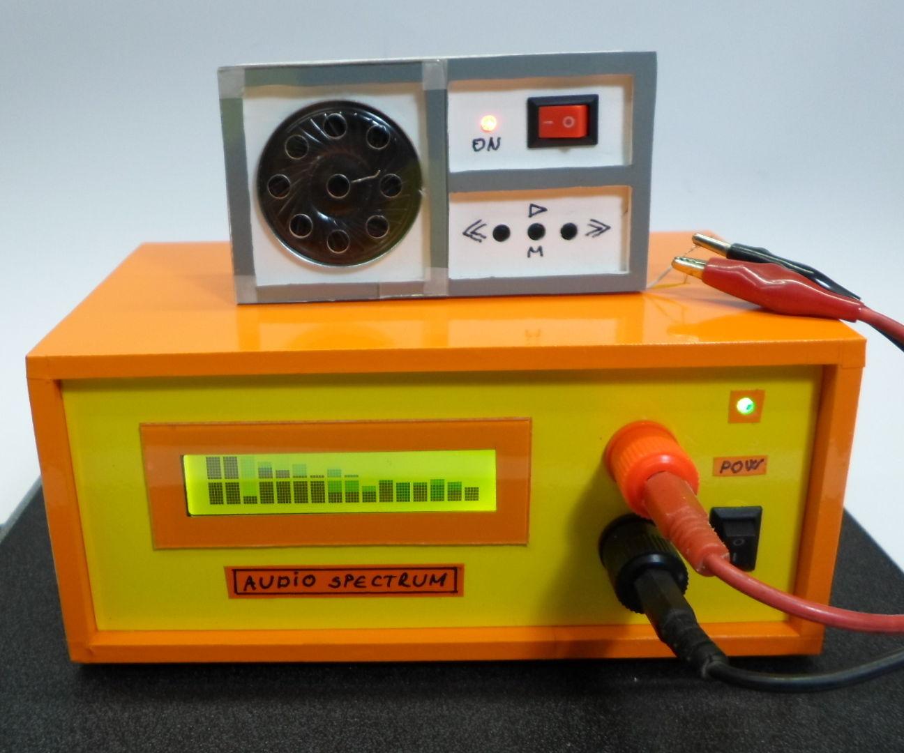 DIY Arduino Audio Signal Spectrum Analyzer